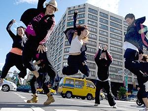 台艺大学生导演不怕好莱坞3d效果威胁,台湾街舞纪录片《街舞狂潮》